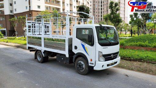 xe tải 3.5 tấn nissan trắng